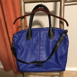 Steve Madden Blue and Black Bag w adjustable strap